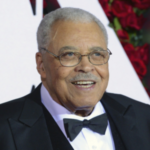 James Earl Jones Bio, Age, Father, Young, Theatre, Movies ...