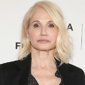 Ellen Barkin – Bio, Wiki, Animal Kingdom, Boyfriend, Husband