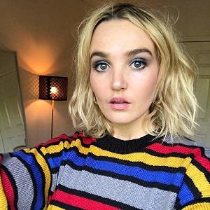 Chloe Fineman