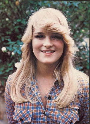 Tom Brady Website >> Susan Olsen – Bio, Wiki, Son, Brady Bunch, Boyfriend, Now ...